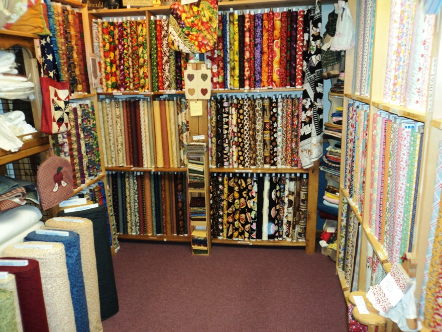 The COUNTRY QUILTERIE - Home : online quilt fabric shops - Adamdwight.com
